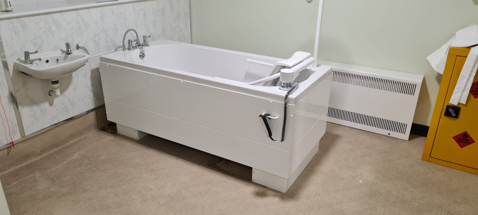 Another Duporth HiLo Assisted Bath supplied and installed for a nationwide care group in Leeds!